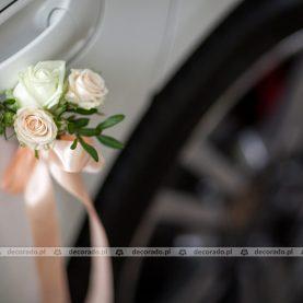 Dekoracja klamek – bukieciki kwiatów