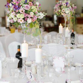 Romantyczna dekoracja ślubna w Hotelu Glamour w Przeźmierowie