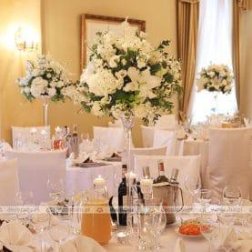 Ślubny wystrój sali – Pałac w Biedrusku