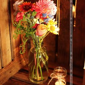 Rustykalne dodatki – dekoracja ślubna w Restauracji Oaza