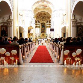 Elegancka dekoracja ślubna kościoła – Bazylika w Trzemesznie
