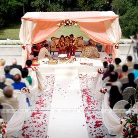 Kompleksowa dekoracja hinduskiej ceremonii ślubnej – Pałac Wąsowo