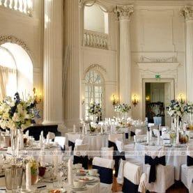 Elegancka dekoracja sali balowej w Zamku w Rydzynie