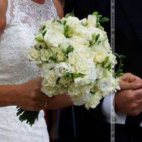 Przestrzenna wiązanka ślubna
