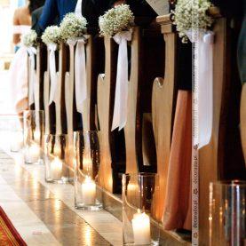 Dekoracja ławek w Kościele w Buku