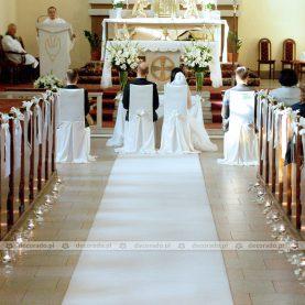 Delikatna dekoracja ślubna Kościoła w Kiszewie