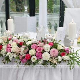 Dekoracja stołu prezydialnego – Róża Poraja