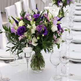 Elegancja natury – naturalne bukiety w odcieniach fioletu – Róża Poraja