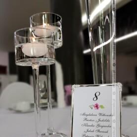 Eleganckie dodatki – szklane lampiony, srebrne ramki
