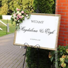 Elegancka tablica powitalna – Sala Parkowa w Pałacu Wąsowo