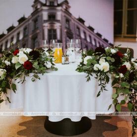 Dekoracja stołu Pary Młodej – Restauracja Młyńska 12