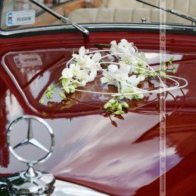 Romantyczna dekoracja samochodu