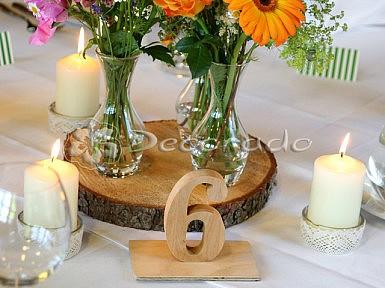 Drewno, szkło, kwiaty, koronka – dekoracja ślubu vintage